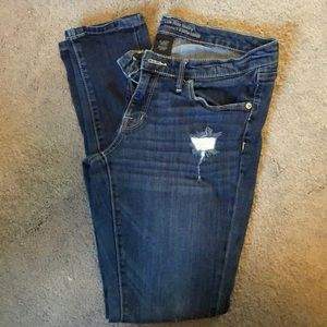Mossimo low-rise skinny jegging